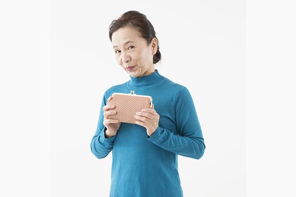 シニア世代が使いやすい財布はコレ!シニア世代のお財布事情