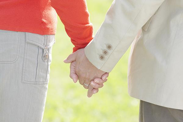 2回目のプロポーズ!結婚50年目の夫が婚約指輪を贈ったワケ