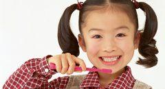 今や歯列矯正は当たり前! 孫にも歯列矯正を