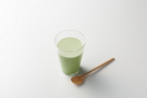 雪印ビーンスターク「プラチナミルク」大人のための粉ミルク
