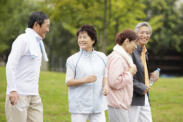 ウォーキングやジョギングをはじめとする「運動」を生活のなかに取り入れている方が増えてきています
