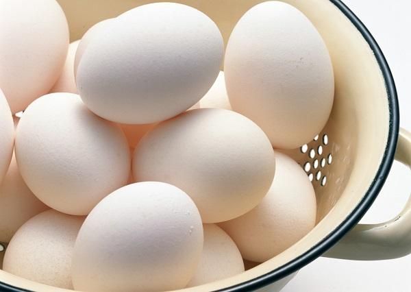 たんぱく質を多く含む食品は? コンビニに売られている商品にはきちんと成分が書かれている