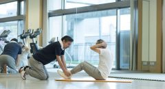 寝たきり予防には腹筋も大切 筋力アップグッズを活用しよう