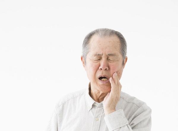 歯間の歯垢、細菌をしっかり除去して歯周病にならない口内環境へ