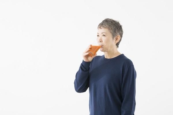 サプリや青汁で補うのもいいけれど…新鮮な野菜は自分で調理して食べるのが一番!野菜不足を解消して病気や肌荒れ対策をしよう!