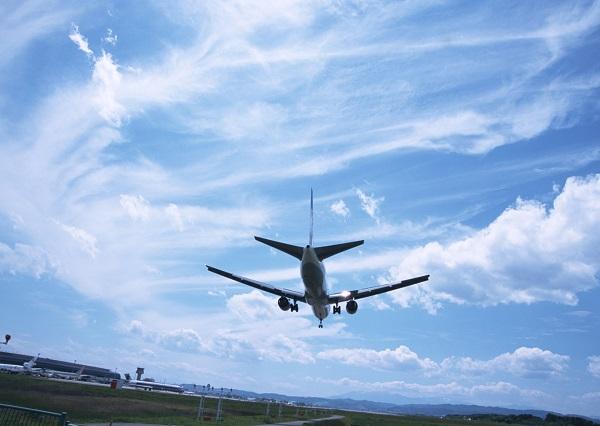 携帯電話を機内モードに、うるいさいと思われない、マナーが悪いと思われない!飛行機のマナー