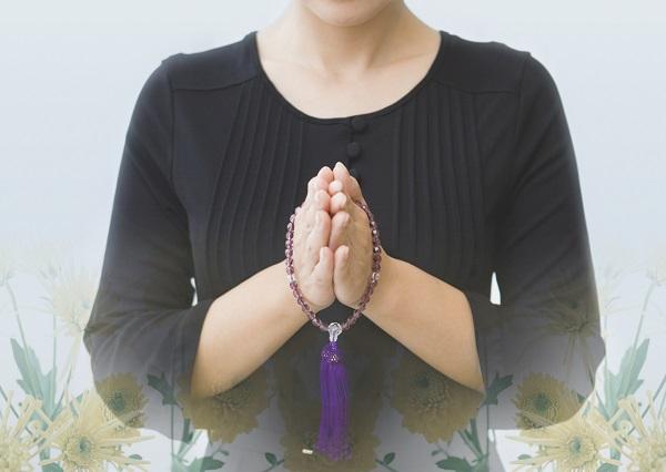 葬儀にかかる平均費用(香典、遺骨・納骨、遺影)はいくらぐらい?戒名の意味はどうする?