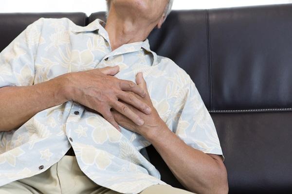 高齢者の場合は、肥満が心臓病や鬱のリスクを高める