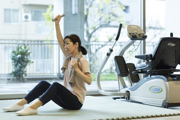 フレイルを予防・対策するには?運動、栄養摂取など生活習慣を改善しよう