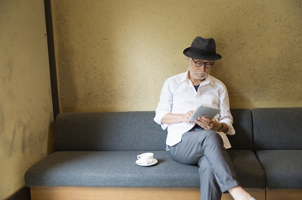 電子書籍の一番のメリットは「読み放題」!本のレンタル以上の利便さ。電子書籍サービスの比較・おすすめ