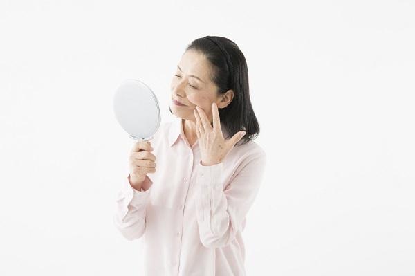帯状疱疹とはどのような病気?原因は?頭痛、手足、顔の湿疹・痛みなど症状はどのようなもの?薬は有効?ワクチン・予防接種はある?安静にするしかない?