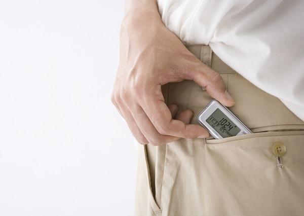活動量には何が含まれるの?運動量とは違う?歩数計・活動量計の違いとは?
