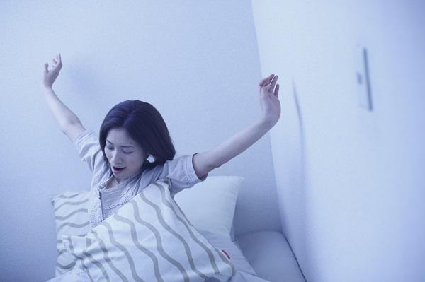 朝起きられない、頭痛がする、めまい、吐き気、耳鳴り、不眠、胃もたれ、動悸、異常発汗、不整脈などの症状は低血圧かも。原因は?低血圧の基準の数値とは?