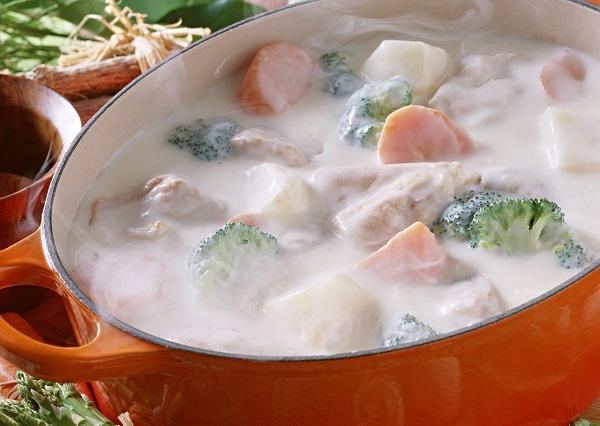 寒い季節におすすめのスープ、鍋などの豆乳レシピ