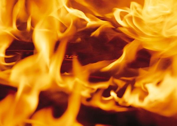 秋から冬にかけて乾燥する季節、火事には注意!
