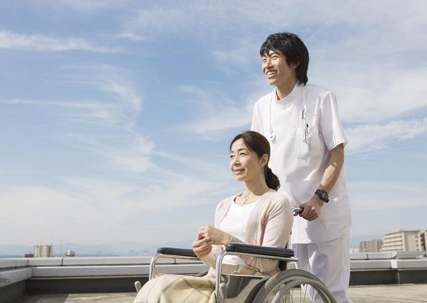 日本の介護の現実、どうなっているの?