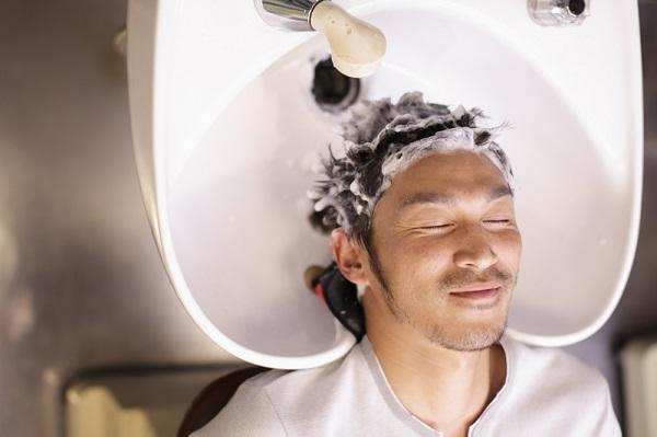 抜け毛を防ぐおすすめのシャンプー時間、トリートメント時間、知っていますか?