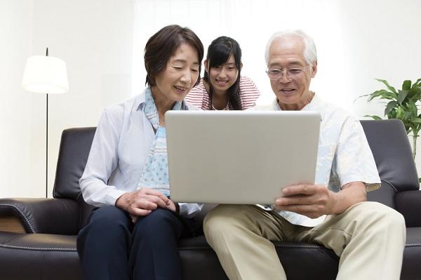 友達や家族と目標を共有することでやる気が増すかも!アプリで共有もおすすめ